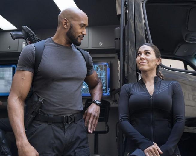 marvels agents of shield -winter-finale-mack-and-yo-yo