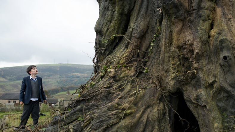 """""""A Monster Calls"""" (2016) - Movie Review"""