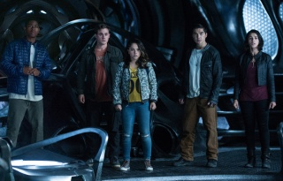 """""""Power Rangers"""" (2017) - Movie Review"""