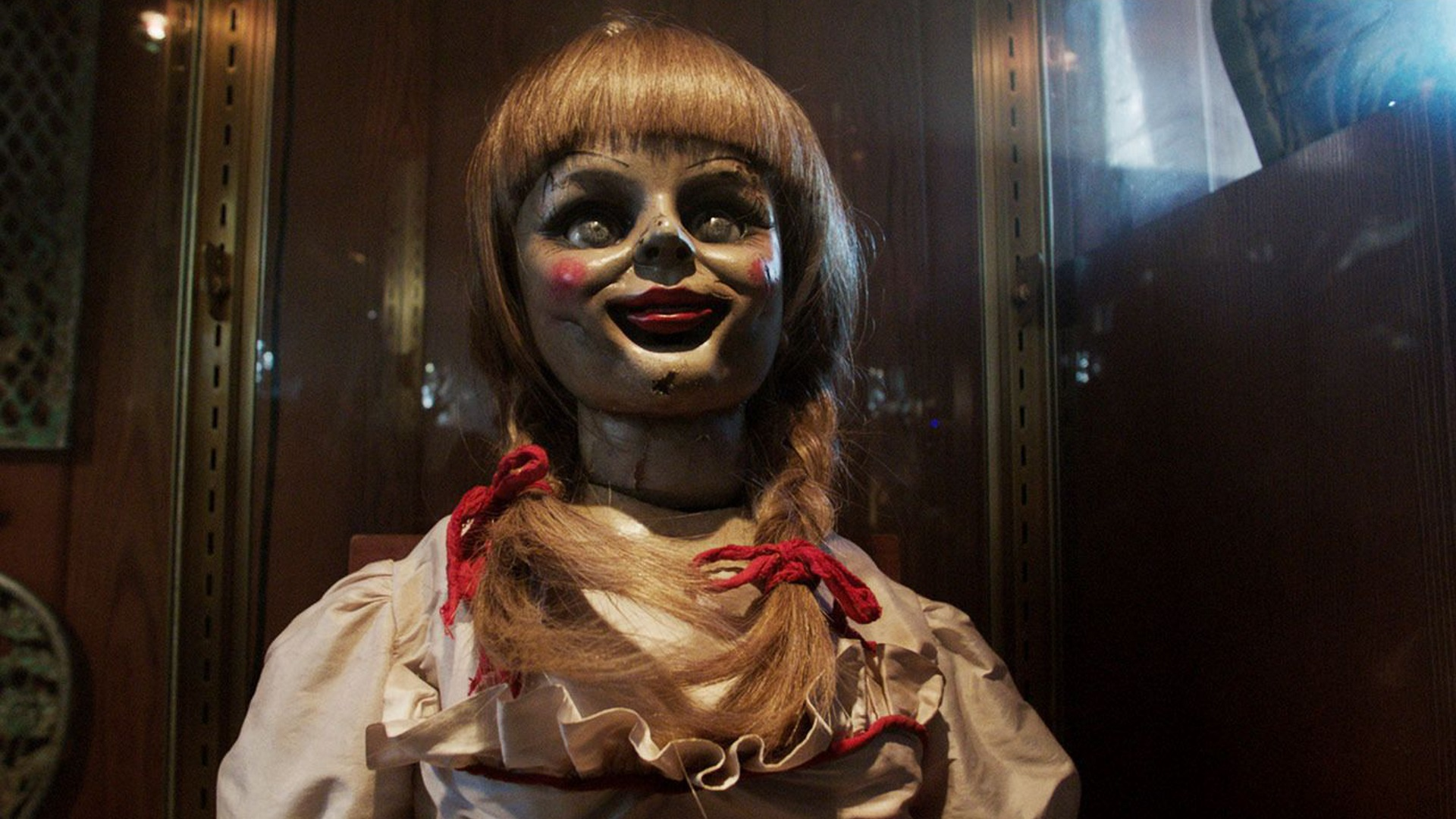 """Annabelle"" (2014) - Teaser Trailer News - We Live Film"