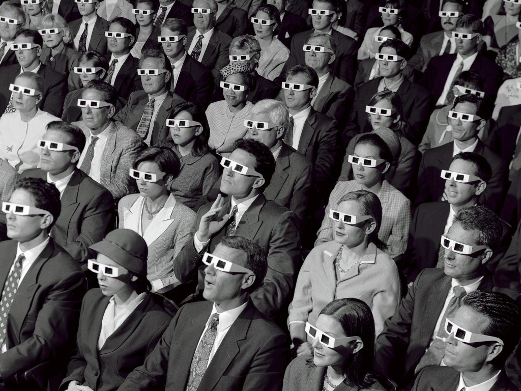 audience-with-3d-glasses