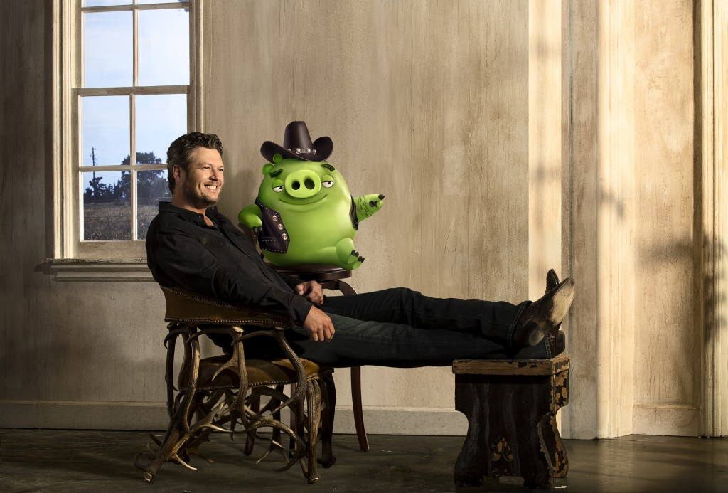 "Blake Shelton voices ""Earl"" in in Columbia Pictures and Rovio Animation's THE ANGRY BIRDS."