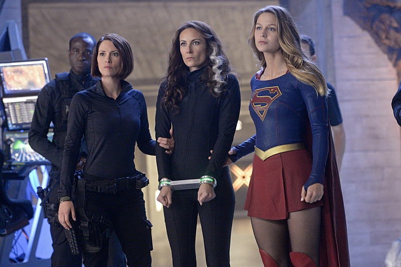 supergirl_S01E09_Blood_Bonds_Review