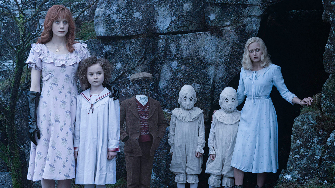 """Miss Peregrine's Home for Peculiar Children"" (2016) - Weekend Box Office"