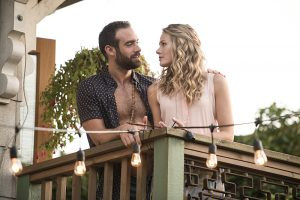 No Tomorrow -- Pictured (L-R): Joshua Sasse as Xavier and Tori Anderson as Evie -- Photo: Diyah Pera/The CW