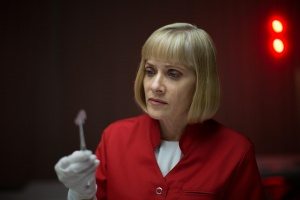 Replace - Barbara Crampton
